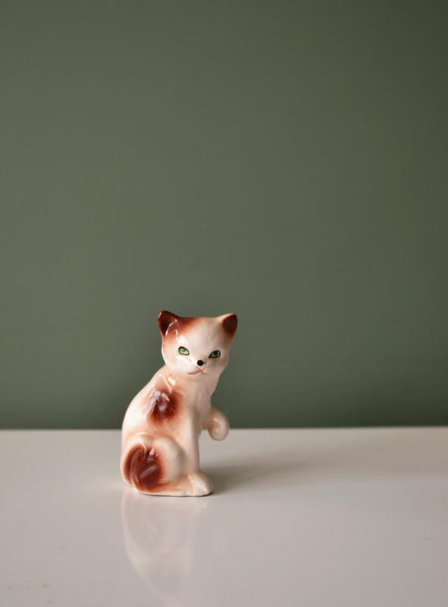 昭和レトロ 魅惑の小さな猫のフィギュリン  ノリタケ