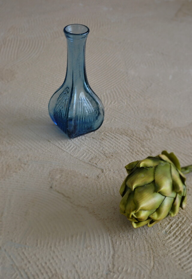 プレスガラス花瓶 一輪挿し ガラス花瓶 ブルーガラス